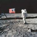 月面に降り立った画像